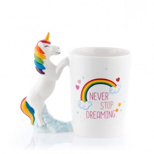 """Tasse licorne """"Never stop dreaming"""""""