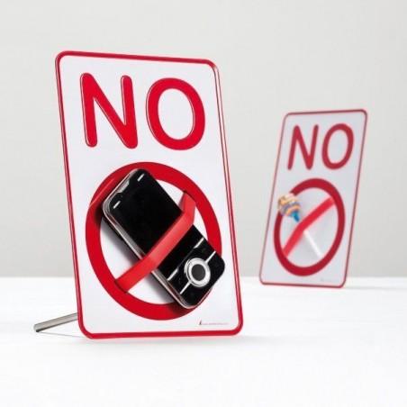 Panneau interdit avec élastique